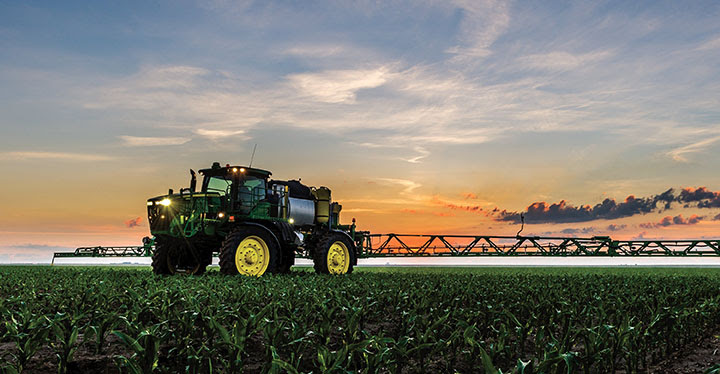 R4045 John Deere Sprayer